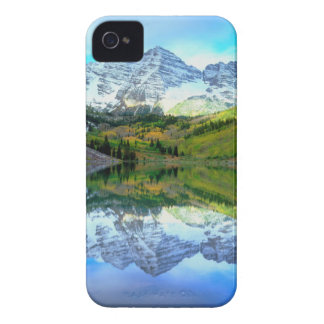 Maroon Bells reflecting in Maroon Lake iPhone 4 Cover