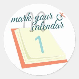 Marque su calendario pegatina redonda