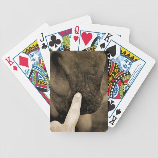 marqúelo su con etiqueta dedo en sepia del caballo baraja de cartas
