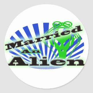 Married and Alien Classic Round Sticker