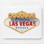 Married In Fabulous Las Vegas Mousepad