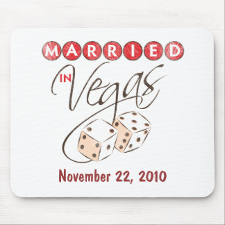 Married in Vegas Mousepads