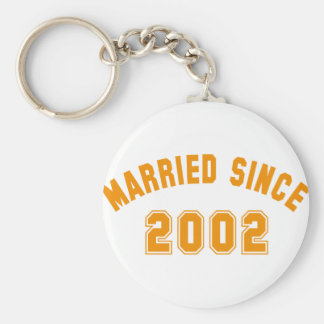 married since 2002 basic round button keychain