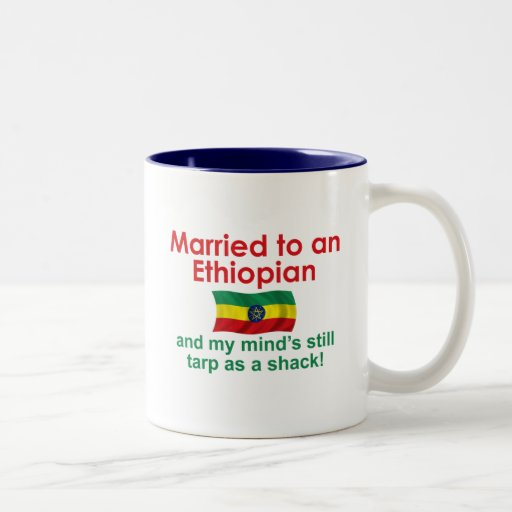 Marriet a un etíope taza de dos tonos