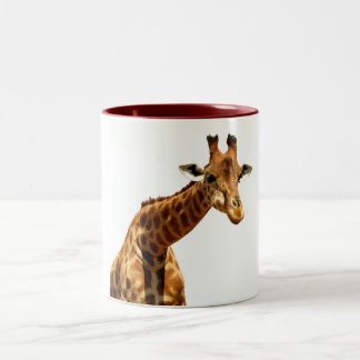 Marrón bonito de la jirafa de la taza