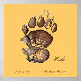 Marrón de Pawprint de Bubu Póster