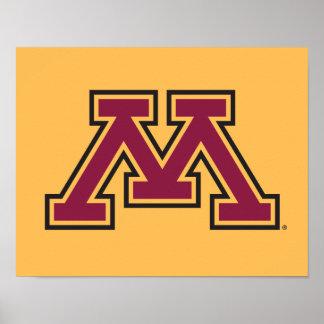 Marrón y oro M de Minnesota Póster