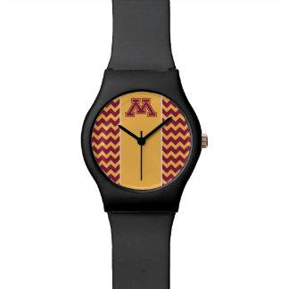 Marrón y oro M de Minnesota Relojes