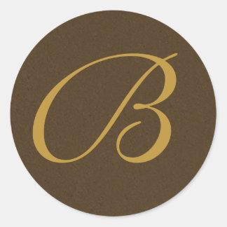 marrón y sellos cones monograma del sobre del oro pegatina redonda