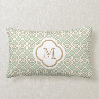 Marroquí con monograma de la verde menta y del oro cojines