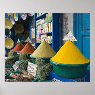 MARRUECOS, costa atlántica, ESSAOUIRA: Mercado de  Impresiones