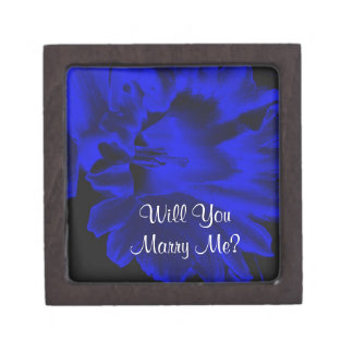 Marry Me Daffodil Engagement Ring Gift Box
