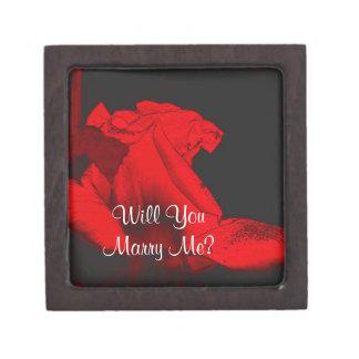 Marry Me Rosebud Engagement Ring Gift Box