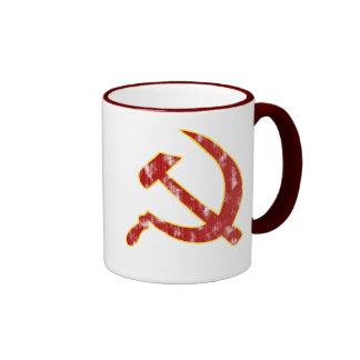 Martillo y hoz (mirada llevada) taza de dos colores