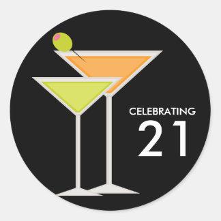 Martinis anaranjados y verdes pegatina redonda