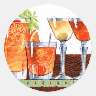 Martinis retros de las bebidas de los cócteles del pegatina redonda