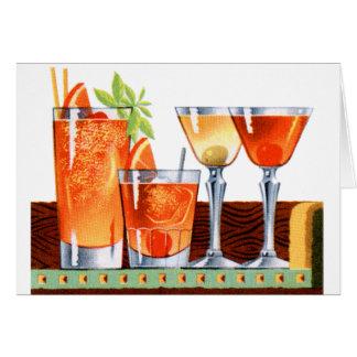 Martinis retros de las bebidas de los cócteles del tarjeta de felicitación