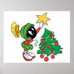 Marvin la estrella que pone marciana en árbol posters