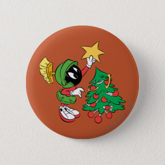 MARVIN THE MARTIAN™ putting star on tree Button