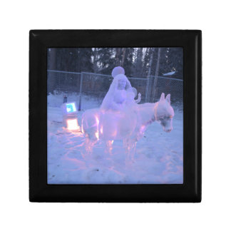 Mary And Baby Jesus Night Snow Winter Sculpture Jewelry Box