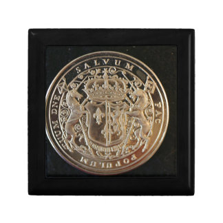 MARY QUEEN OF SCOTS ANCIENT COIN TRINKET BOX