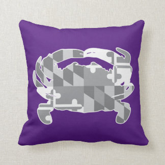 Maryland Flag/Crab greyscale pillow - purple