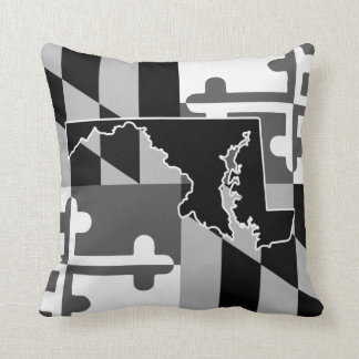 Maryland Flag/State greyscale pillow -black