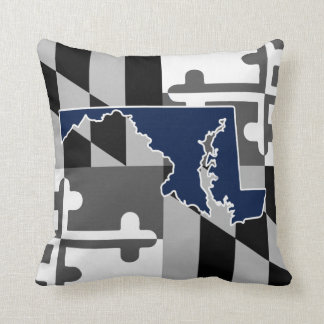 Maryland Flag/State greyscale pillow - navy blue