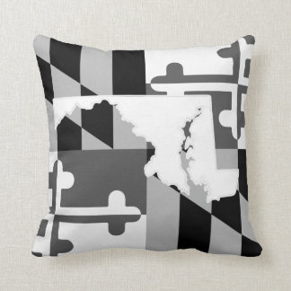 Maryland Flag/State greyscale pillow - white