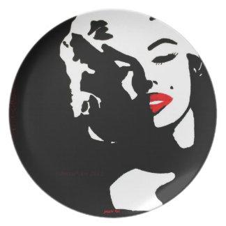 Marylin Decorative Plate