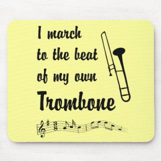 Marzo al golpe: Trombone Tapete De Ratón