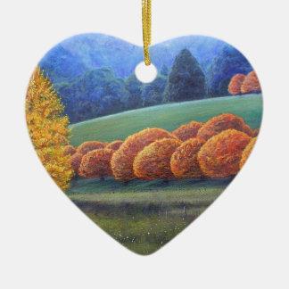 Marzo de robles brillantes adorno navideño de cerámica en forma de corazón