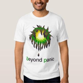 Más allá de la camisa de BP del pánico