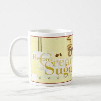 Más allá de la crema y del azúcar taza básica blanca