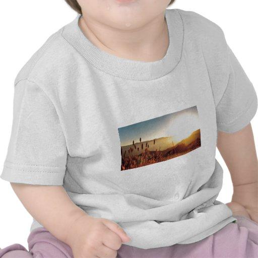 Más engranaje del verano camisetas