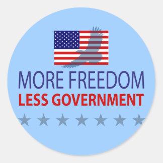 Más libertad menos gobierno pegatina redonda