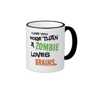 Más que un zombi ama cerebros taza de café