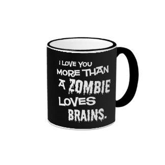 Más que un zombi ama cerebros taza de dos colores
