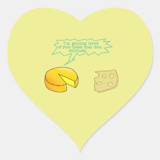 Más santo que el queso de la actitud de mil pegatina en forma de corazón