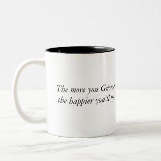 Más usted gnomo el más feliz usted será (la taza) taza de dos tonos