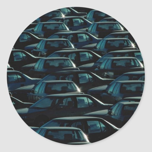 Masa de coches importados en el depósito del pegatina redonda