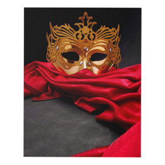 Máscara adornada para la mascarada en el