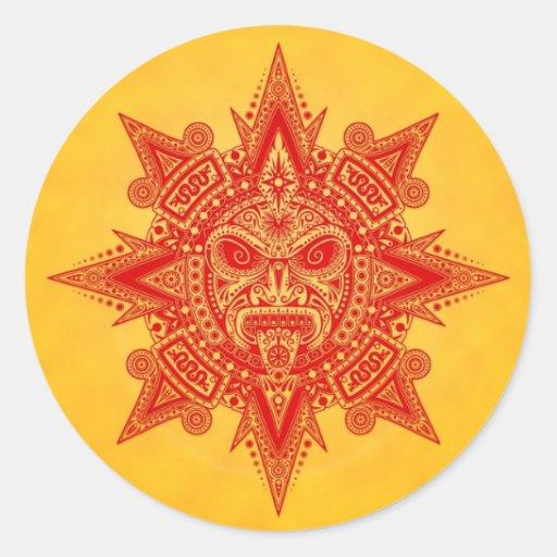 Máscara azteca de Sun - rojo y amarillo Etiquetas Redondas