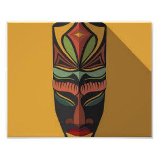 Máscara colorida africana cojinete