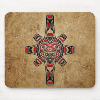 Máscara de piedra de Sun del Haida Mousepad
