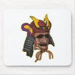 máscara del guerrero del samurai tapete de ratones