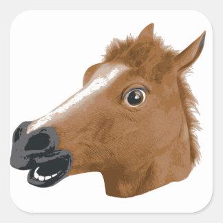 Máscara espeluznante de la cabeza de caballo pegatina cuadrada