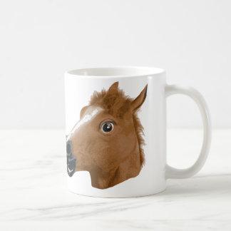 Máscara espeluznante de la cabeza de caballo taza
