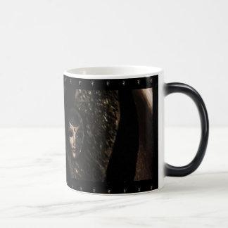 Máscara negra taza de café