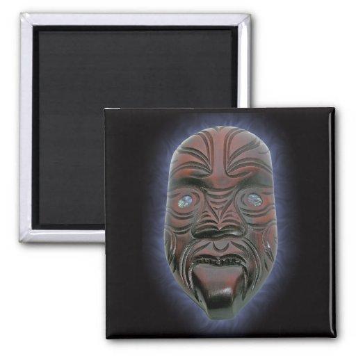 Máscara tallada maorí - imán
